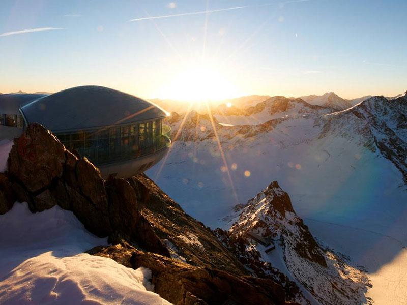 Cafe Wildspitze im Winter